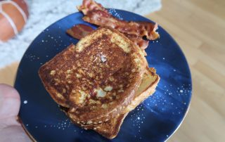 Weight Watchers French Toast | It's Megan | #frenchtoast #weightwatchers #recipe #ww