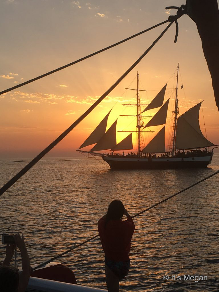 Santorini Boat Tour
