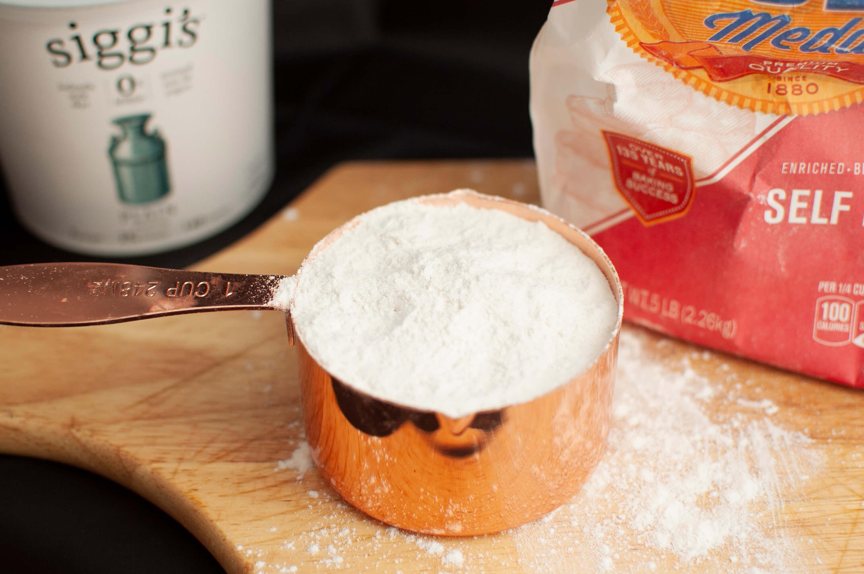 Two Ingredient Dough | It's Megan Blog | #weightwatchers #2id #2ingredientdough #pizzadough