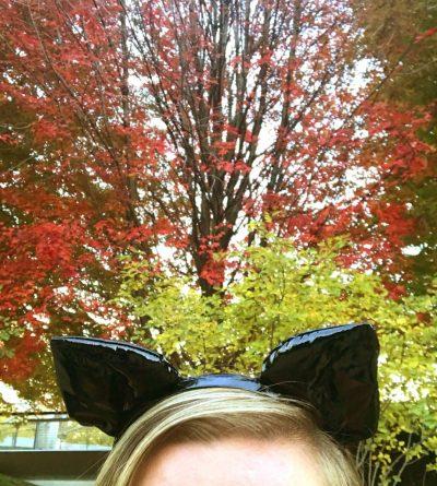 Easy DIY Halloween Costumes on Amazon | It's Megan | #halloween #costumes #diy #halloweencostumes